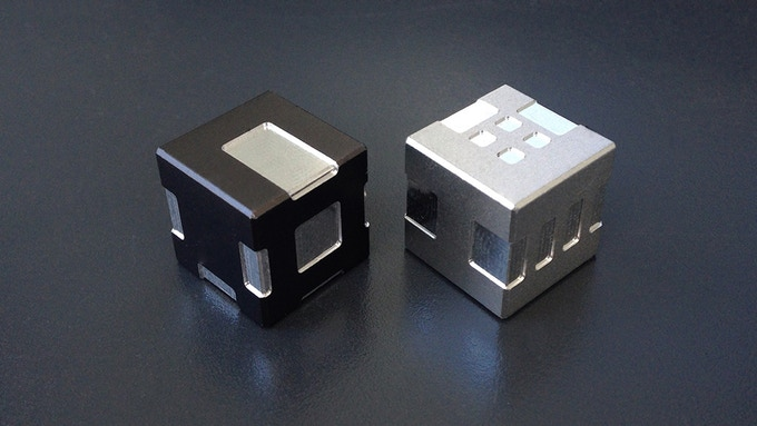 Black and Natural anodized Aluminum Cubble Dice