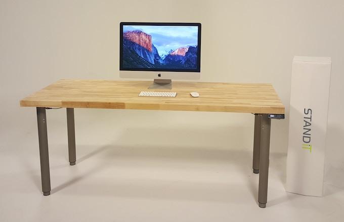 StandiT desk (StandiT Kit + StandiT Top) - studio shot