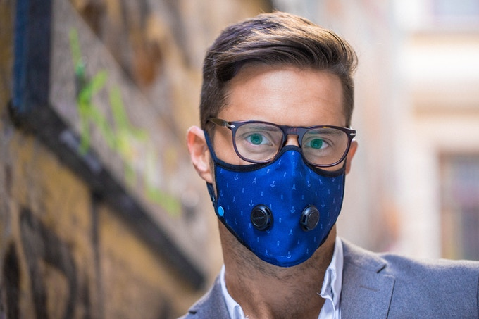 Airinum's Urban Breathing mask lets you breathe healthy in your city.