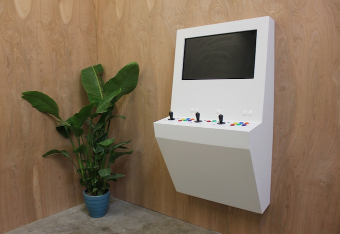 Polycade in white