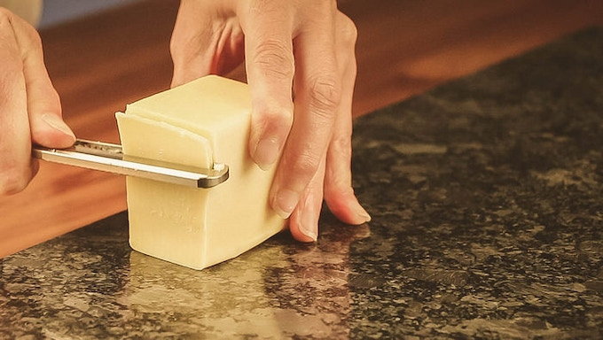 One of the main things I wanted in this cheese-slicer was for it to be easy and effortless.