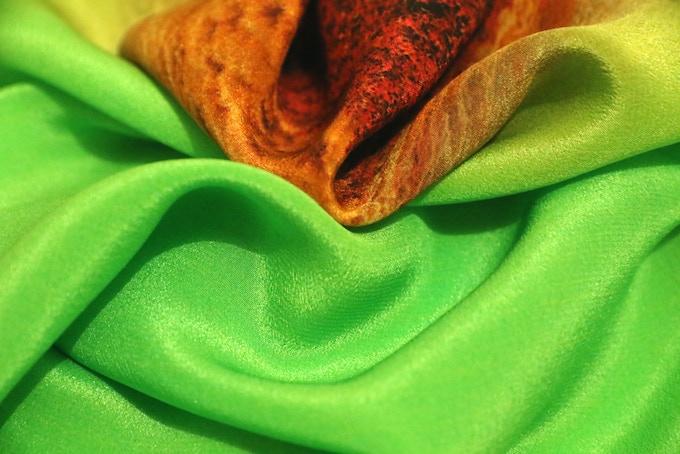 100% silk crêpe de chine