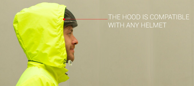Comfort: the hood is compatible with the bike helmet