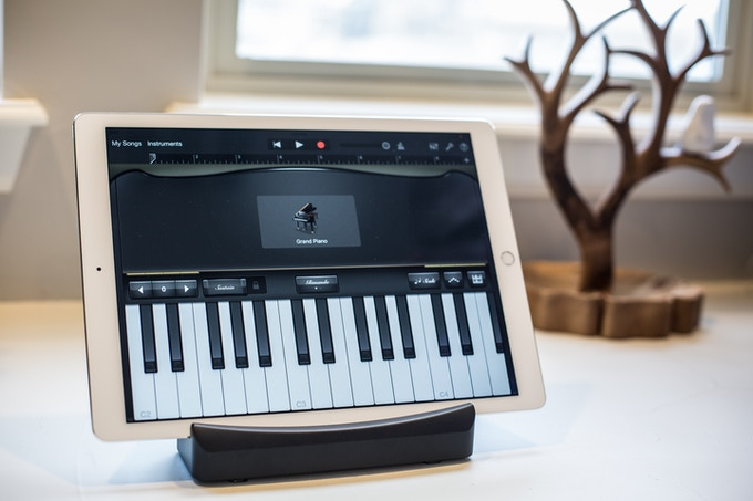 Use Trio as a stand for your tablet in landscape