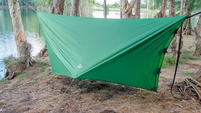 Winter Mode/Storm Mode with Closed Ends: Using the long panel center tie-out loops, one or both ends of the tarp can be closed to block blowing rain and wind. This mode is also great for winter camping!