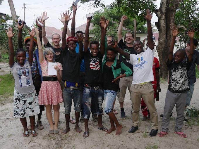 "Workshop beim ""Talent Search and Empowerment"" Jugendprojekt in Dar Es Salaam, Tansania"