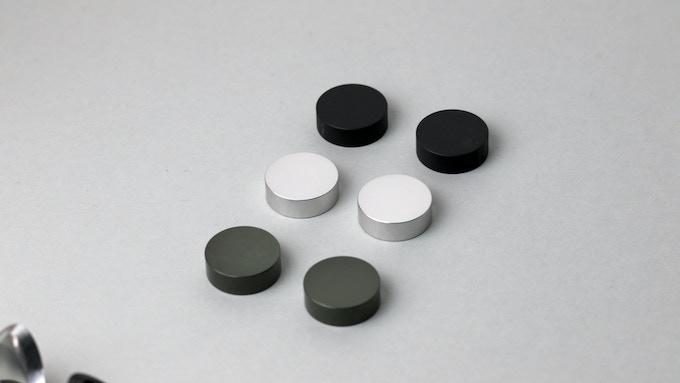 KRZBERG   Choose between black, silver or olive finish