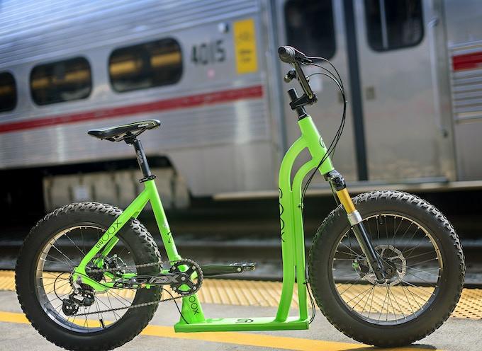 The Moox BIke meets the Caltrain