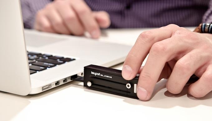 Slide 3.0 with USB insert