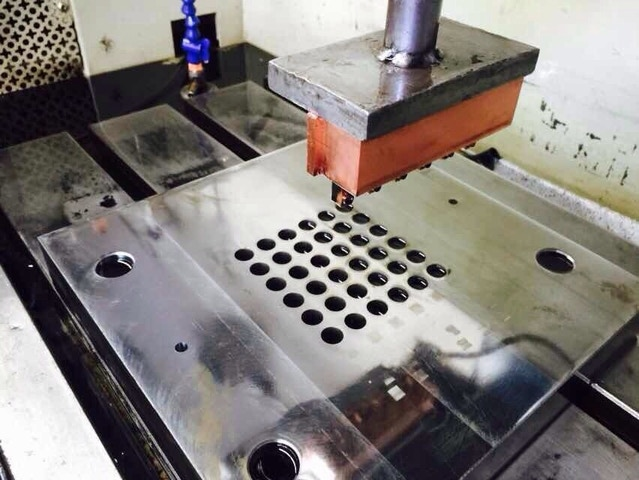 Quarter Cap Mould B