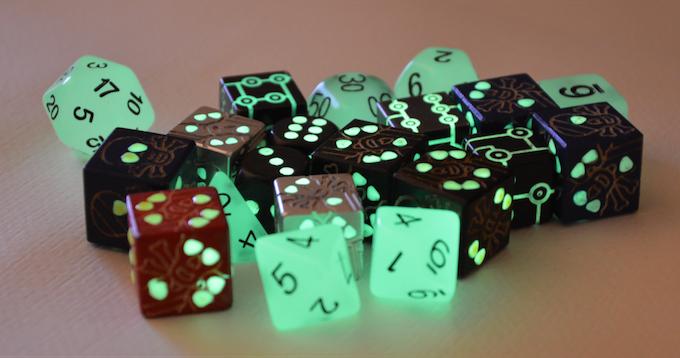 SKULL DICE, T-DICE, CLASSIC DICE, RPG DICE