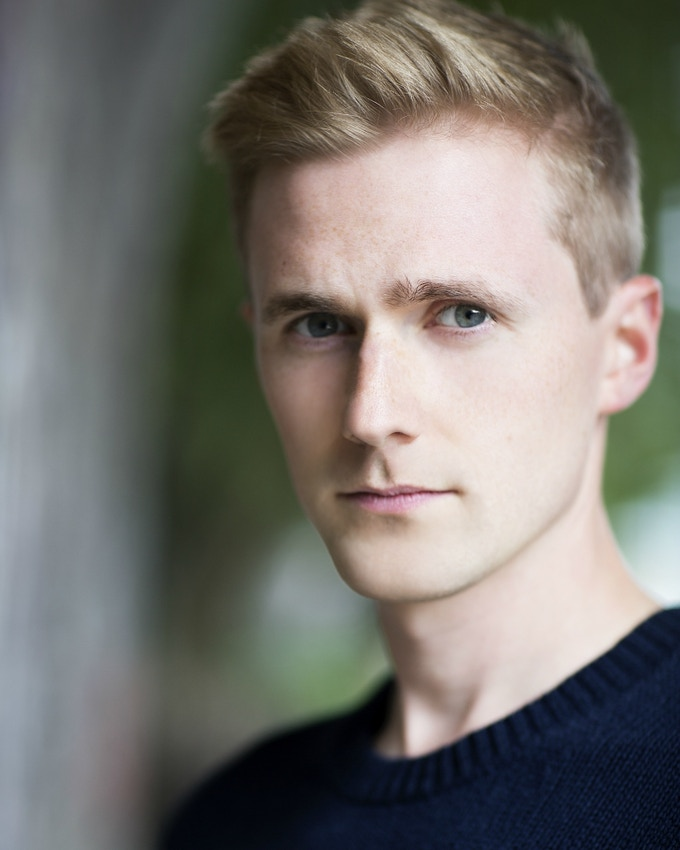 Leading Actor Sam Saunders