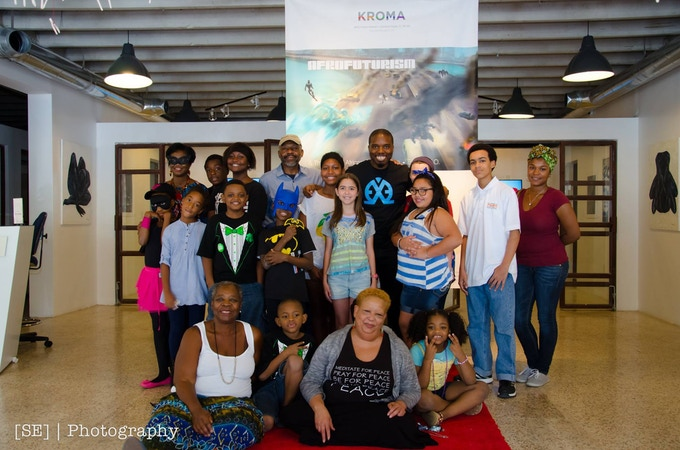 KROMA art gallery in Miami did an exhibition featuring E.X.O. art. They also invited a bunch of kids to inspire them to chase their dreams of being artists!