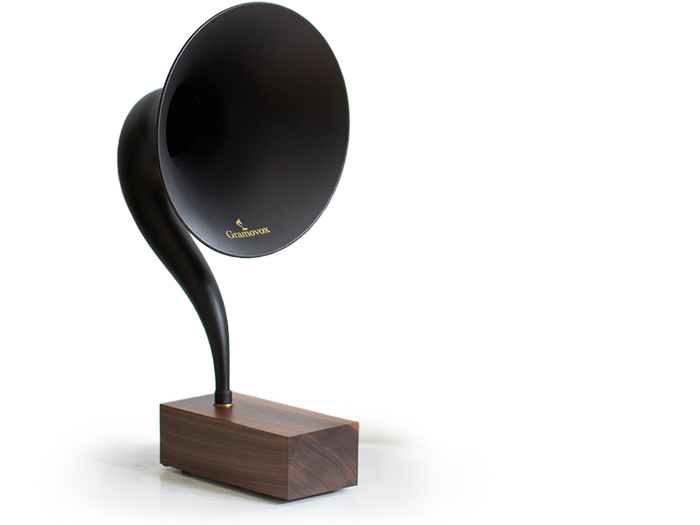 Stream Nostalgia with the Gramovox Bluetooth Gramophone.