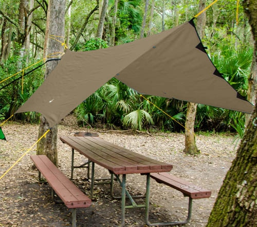 Rendering of Coyote Brown Apex Camping Shelter