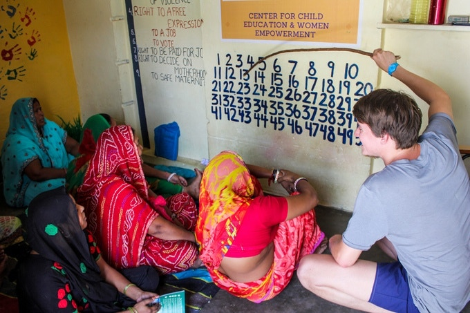 Muslim women alphabetization in a slum in India. I used to teach in the slums and the streets, mostly children, homeless and former gang members