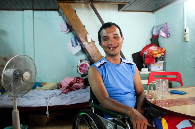 """""""Quand j'ai perdu mes jambes, j'ai dû du apprendre à vivre à nouveau, à accepter ma différence, accepter de repartir de 0""""(...)"""