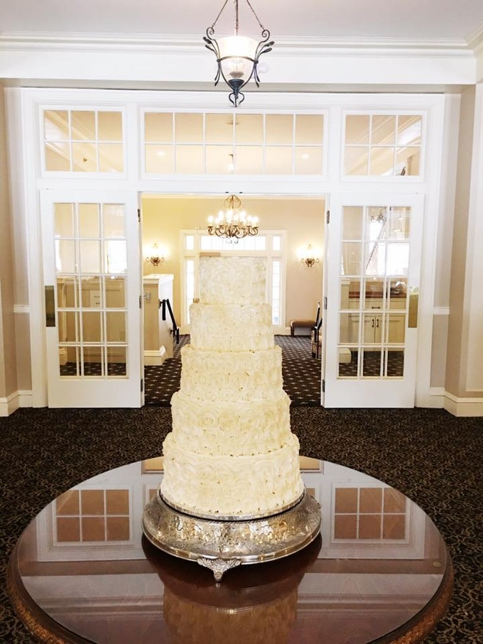 Multiple Tiered Wedding Cakes
