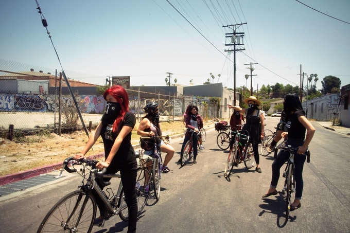 The Ovas riding the streets of Los Angeles