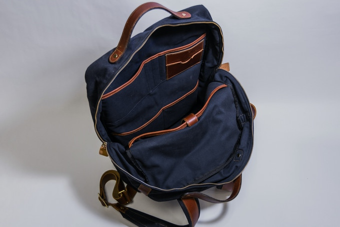 4 Pockets and Laptop Sleeve in the Main Compartment