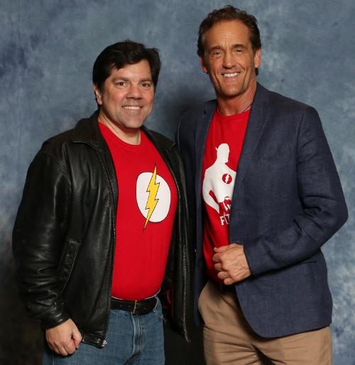 David with original series Flash John Wesley Shipp! They both just ran around you twice.