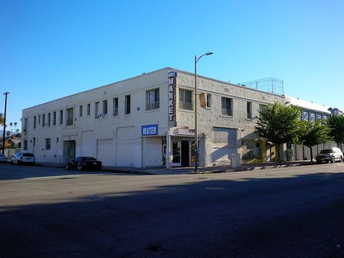 Genever Location - Beverly Blvd & Dillon St