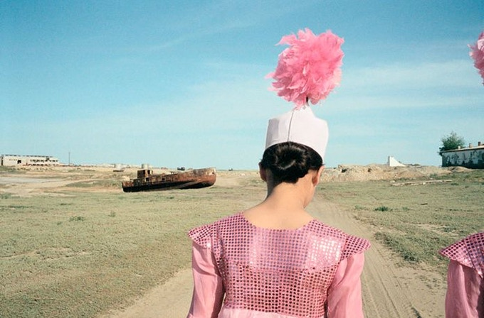Le port, Aralsk, Kazakhstan (2003) by Claudine Doury