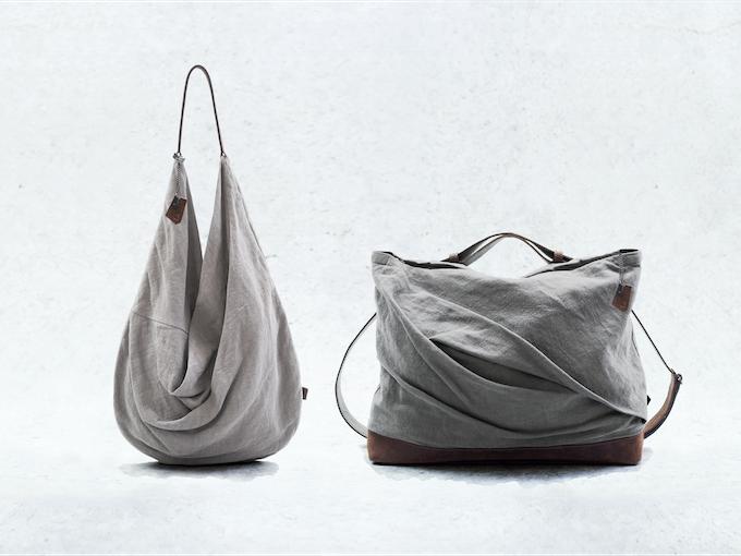 āsum's logo bag accessory