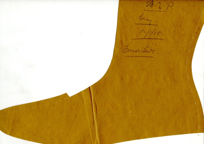 Genuine 1905 Pattern courtesy of the Northampton shoe museum for SJC