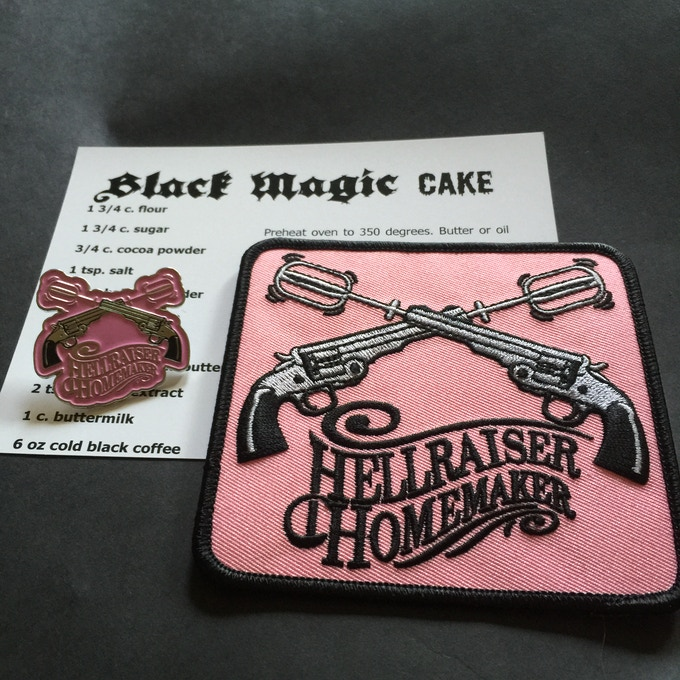Hellraiser Homemaker set with RARE pink pin!