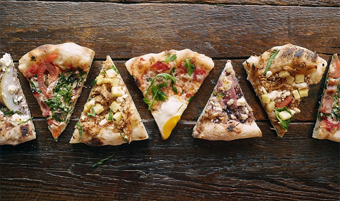 Vegetarian? Meat lover? So easy, everyone can make their own pizza!