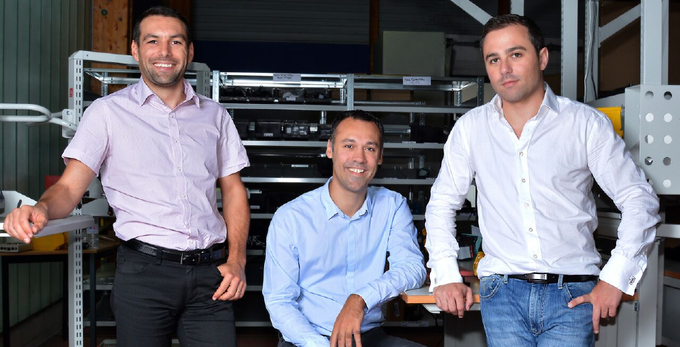 The electronic team