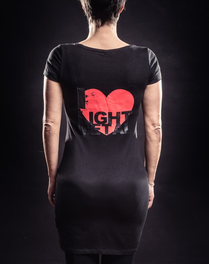 "Woman T°shirt with ""I love light metal"" logo on the back"