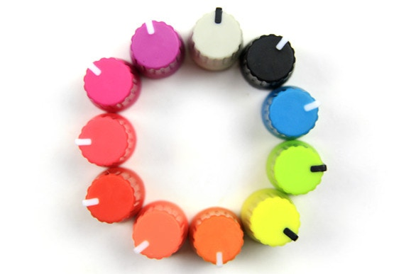 The small knobs are available in several colors.