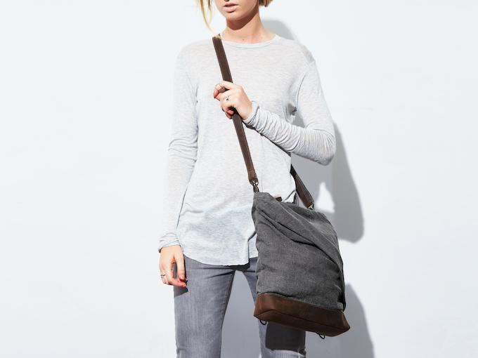 rêve small-medium linen messenger-backpack (gray)