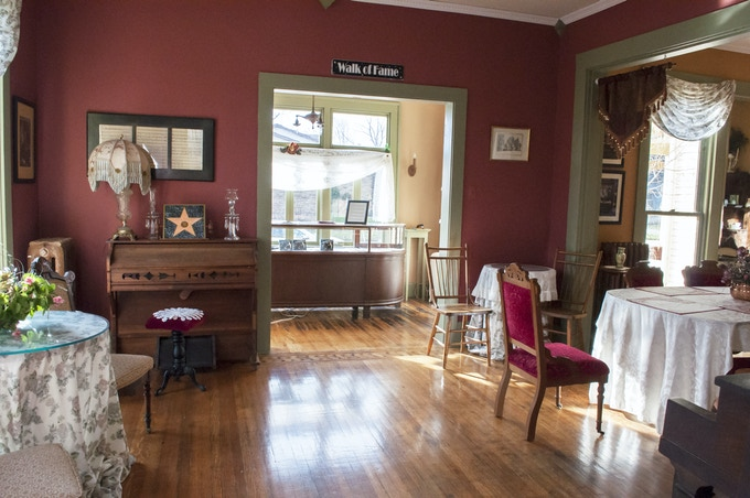 Kate's Parlor