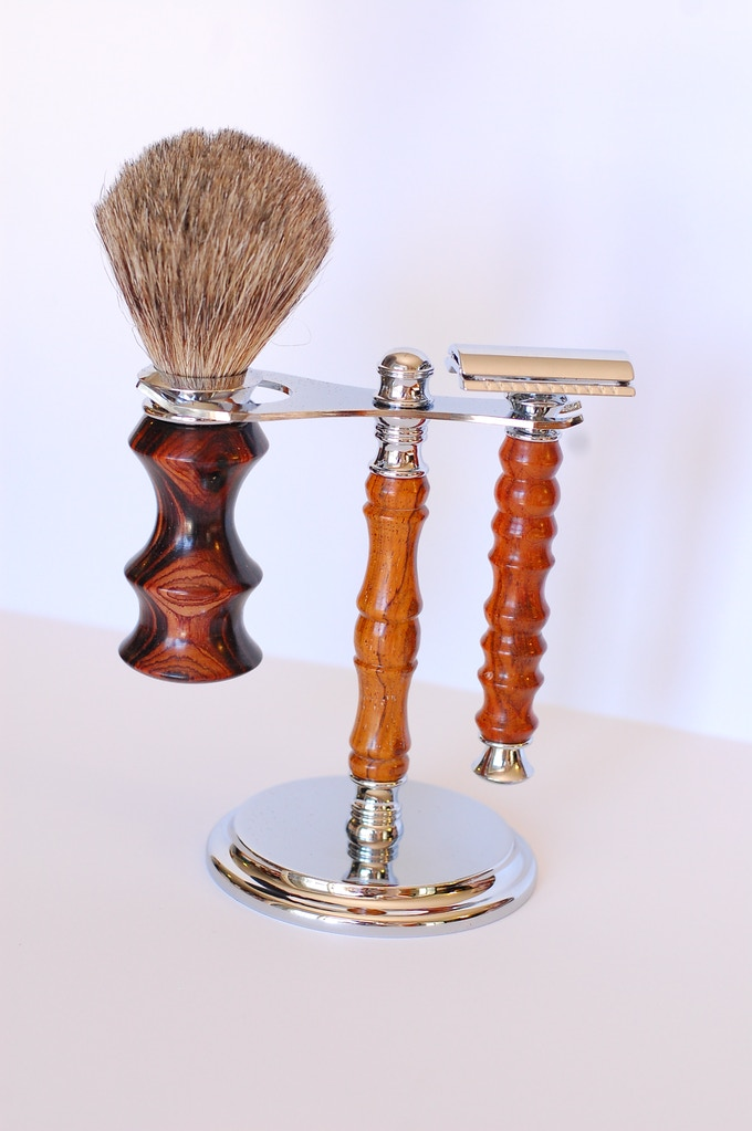 100 Level Shaving Entire Collection Razor Brush Stand