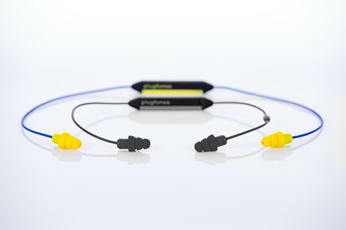 Long Model (Yellow) No Mic, Short Model (Black) Includes Mic