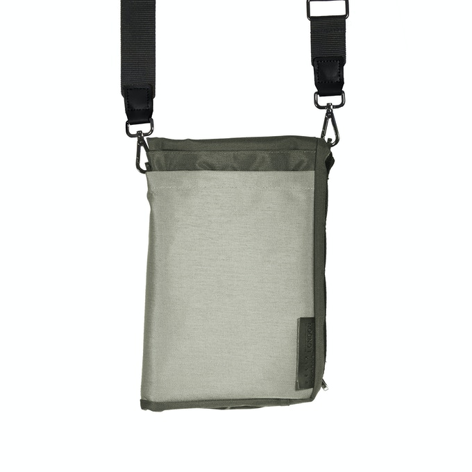 Grey Ohyo Bag in Tablet Mode