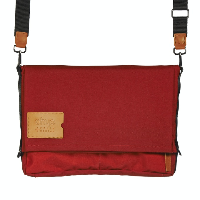 Red Bag in Messenger Mode