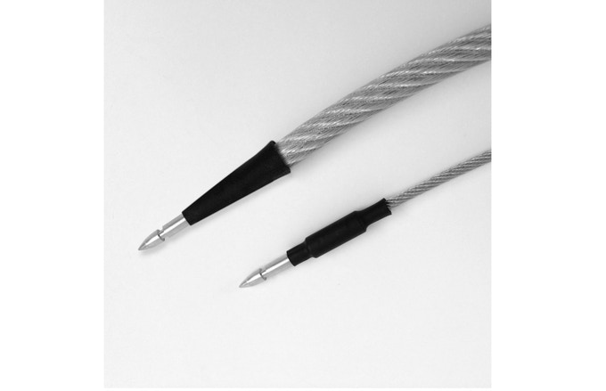 "Top cable: 3/8"" diameter. Bottom cable: 1/8"" diameter."