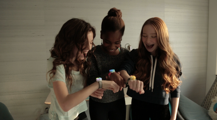 Jewelbots are programmable friendship bracelets that teach girls the basics of coding. An open-source wearable for teens!