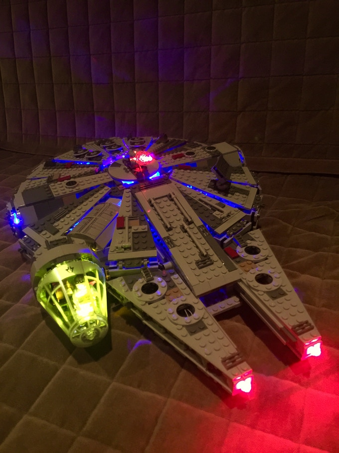 Light up kits for LEGO 75105 Star Wars Millenium Falcon by