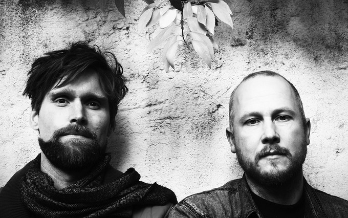 Gruenrekorder was founded in 2003 by the sound artists Lasse-Marc Riek and Roland Etzin.