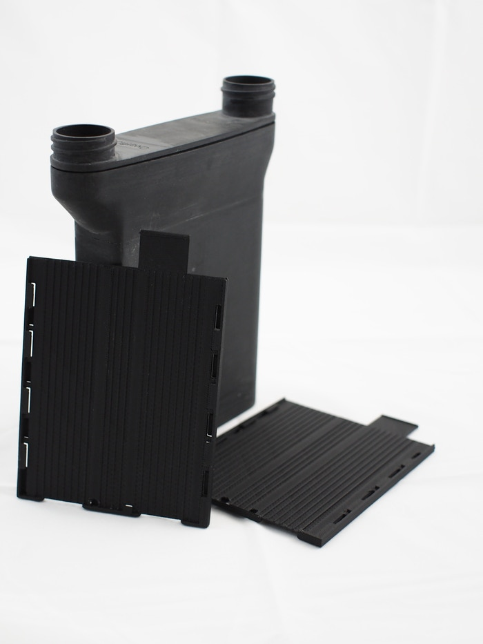 Finally, a simple, easy to load system for processing 4x5 sheet film. Processes up to 4 sheets in only 16 oz (475ml) of solution! Now available on our website: shop.stearmanpress.com
