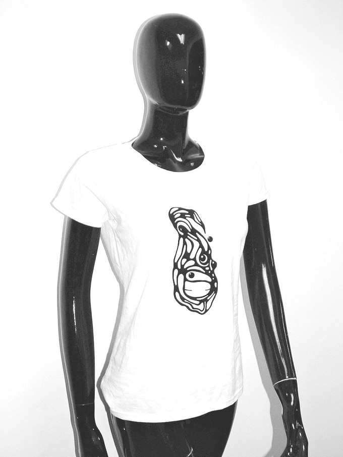Flock Tee (white cotton t-shirt with character in flock - ladies fit - S/M/L)