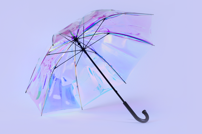 oombrella is a beautiful smart connected umbrella that alerts you before it rains and sends you a notification if you leave it behind!