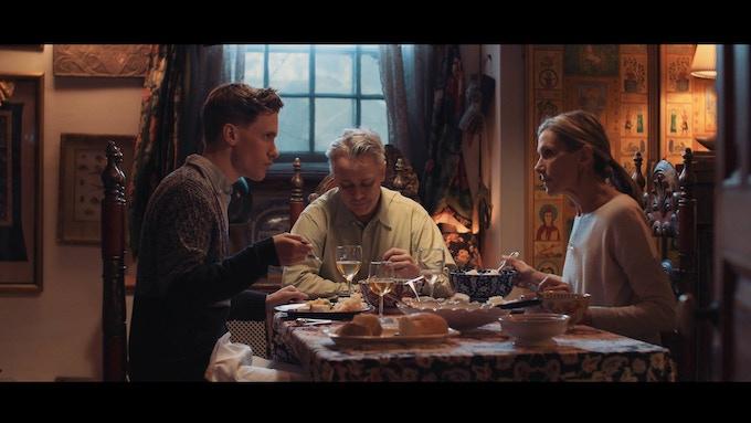 Charlie, Dad (Richard Brundage), and Mom (Rosanne Rubino)