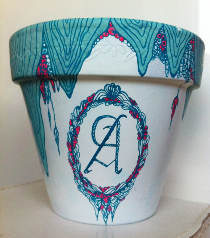 Uniquely customised plant pot (with initials option)