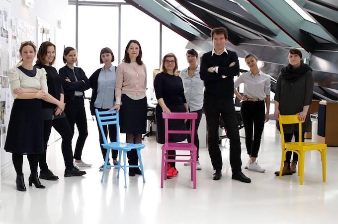 The Team of VIENNA DESIGN WEEK and the book STADTARBEIT - TEN YEARS OF DESIGN FEATURING THE CITY © Vanessa Walitsch/Nicole Stigler